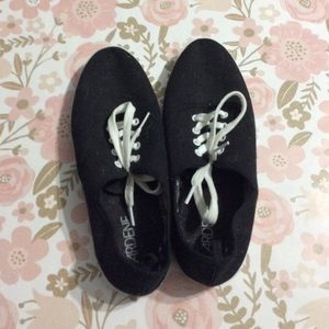 4 for $20//Black Tennis Shoes